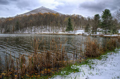 Photograph - Early Snow At Abbot Lake In Va by Steve Hurt