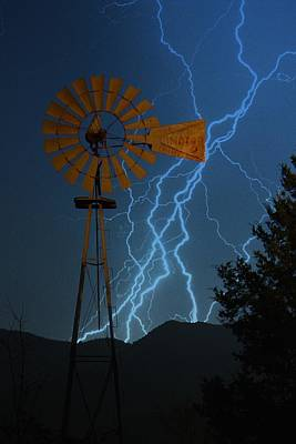 Lightning D Photograph - Earth Wind And Fire by Betty Northcutt