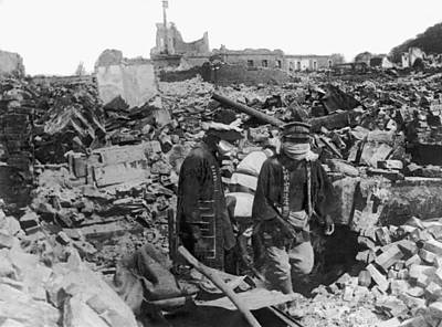Rubble Photograph - Earthquake Ruins In Yokohama by Underwood Archives