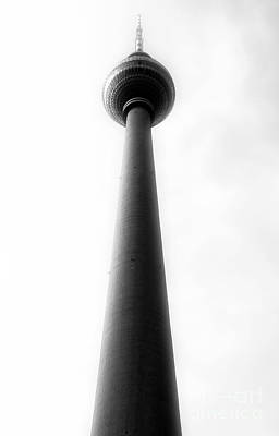 Photograph - East Berlin Tv Antenna by John Rizzuto