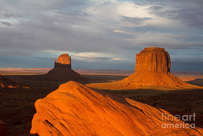 East Mitten And Merrick Buttes Monument Valley  Art Print by Dan Hartford