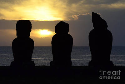 Photograph - Easter Island 19 by Bob Christopher