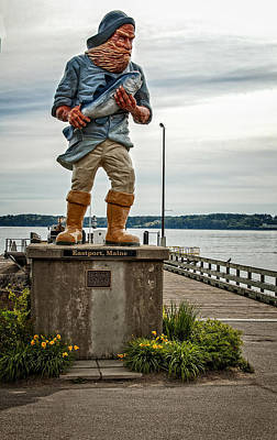 Photograph - Eastport Maine Statue by Phil Cardamone