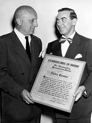 Jewish Pride Photograph - Eddie Cantor Receives Award by Underwood Archives