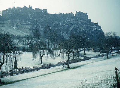 Photograph - Edinburgh Castle - Snow Shower by Phil Banks