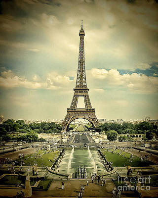 Photograph - Eiffel by Ken Johnson