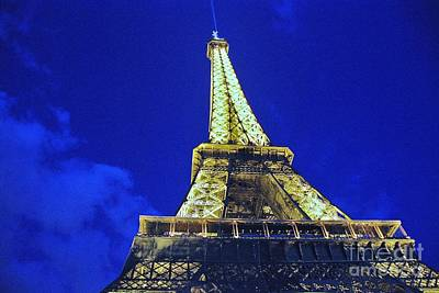 Photograph - Eiffel Tower 2 by Allen Beatty