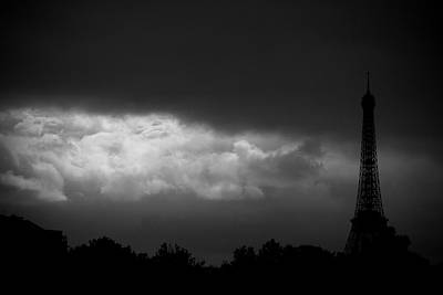 Eiffel Tower Art Print by Fabrizio Troiani