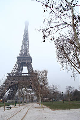 Eiffel Tower - Paris France - 011314 Art Print by DC Photographer