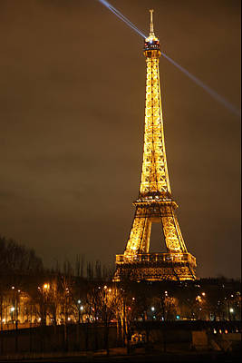 Eiffel Tower - Paris France - 011319 Art Print