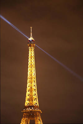 Eiffel Tower - Paris France - 011334 Art Print