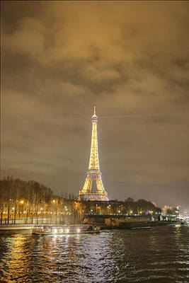 Eiffel Tower - Paris France - 011339 Art Print