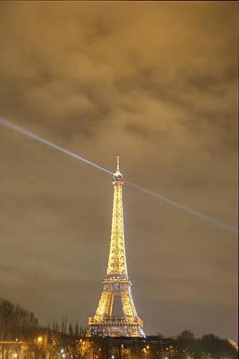Structure Photograph - Eiffel Tower - Paris France - 011345 by DC Photographer