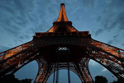 Photograph - Eiffel Tower by Toby McGuire