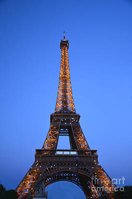Photograph - Eiffel Tower - Tour Eiffel by Scott D Welch