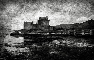 Photograph - Eilean Donan Castle In Scotland Bw by RicardMN Photography