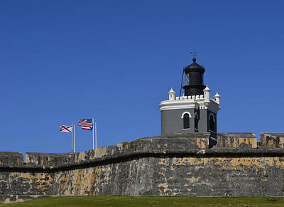 Photograph - El Morro Light by Shanna Hyatt