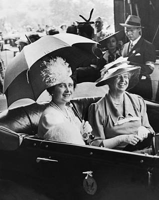 Photograph - Eleanor Roosevelt & The Queen by Underwood Archives
