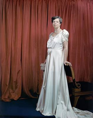 Diamond Necklace Photograph - Eleanor Roosevelt In A Rosy-white Gown by Edward Steichen
