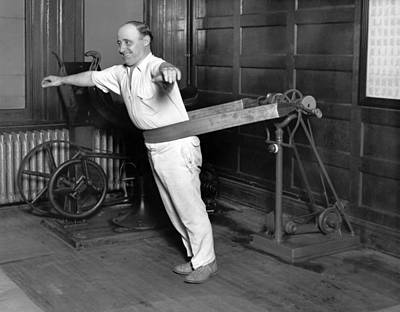 Exercise Photograph - Electrical Vibrating Machine by Underwood Archives