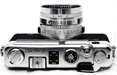 Photograph - Electro 35 by John Rizzuto