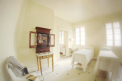 Photograph - Electrotherapy And Massage At Fordyce Bathhouse - Hot Springs - Arkansas by Jason Politte