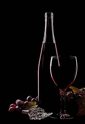 Wine Glasses Photograph - Elegance by Marcia Colelli