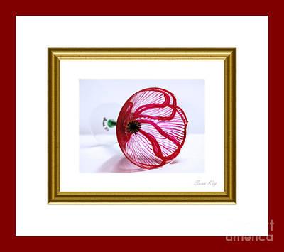 Painting - Elegant Poppy. Classic by Oksana Semenchenko