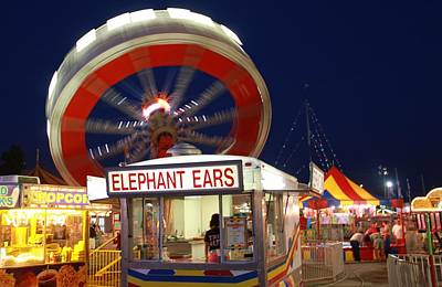 Hot Dogs Photograph - Elephant Ears And Rides At The Festival by Dan Sproul