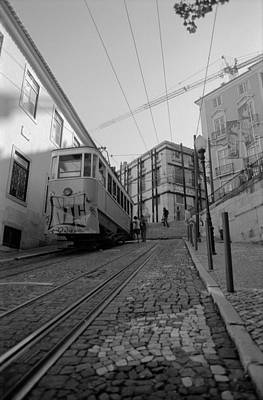 Photograph - Elevador Da Gloria by Luis Esteves