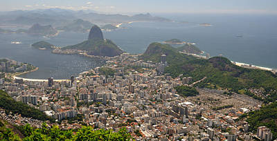 Crowd Scene Photograph - Elevated View Of Botafogo Neighborhood by Panoramic Images