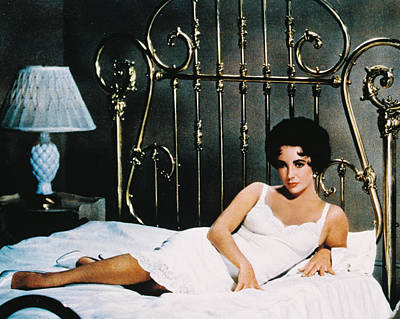 Elizabeth Taylor In Cat On A Hot Tin Roof  Art Print