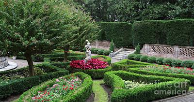 Elizabethan Gardens 3156 Print by Jack Schultz