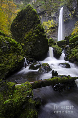 Elowah Photograph - Elowah Falls Columbia River Gorge Oregon 4 by Bob Christopher