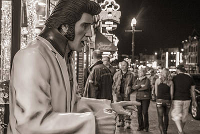Photograph - Elvis In Music City by John McGraw