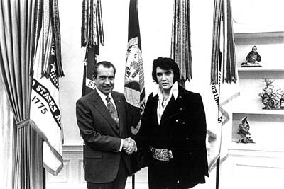 Elvis Presley And President Nixon Art Print