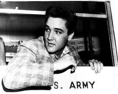 Graceland Photograph - Elvis Presley by Retro Images Archive