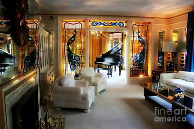 Photograph - Elvis Presley's Living Room by Carlos Diaz