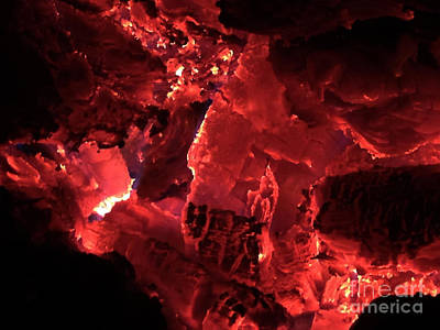 Photograph - Embers Red by Melissa Lightner