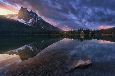 Banff Wall Art - Photograph - Emerald Light. by Juan Pablo De