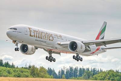 Emirates 777 Art Print