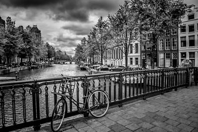 White River Digital Art - Emperor's Canal Amsterdam by Melanie Viola