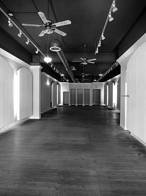 Photograph - Empty Store by David Pantuso