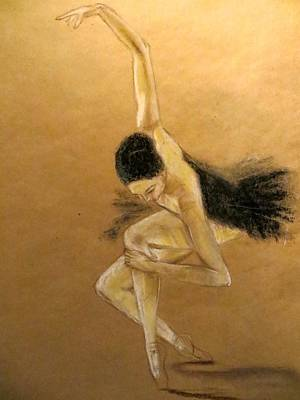 Solo Dancer Painting - En Pointe by C Pichura