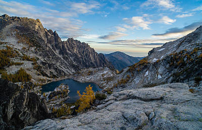 Photograph - Enchantments Crystal Lake Fall Colors by Mike Reid