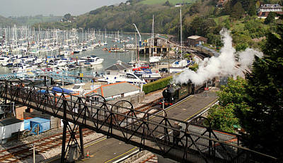 End Of The Line At Kingswear Art Print by Peter Hunt