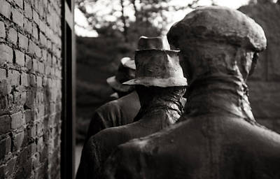 Photograph - End Of The Line - Fdr Memorial Breadline by Greg and Chrystal Mimbs