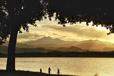 End To A Golden Day At The Lake Art Print