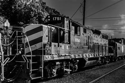 Photograph - Engine 1751 by Randy Scherkenbach