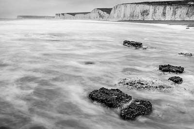 Photograph - English Channel And The Seven Sisters by Semmick Photo